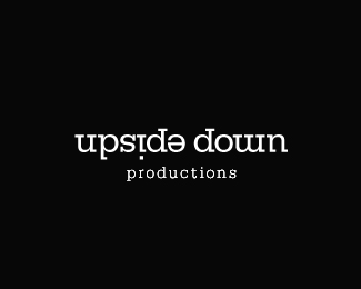 upside-down-typographic-logo-inspiration
